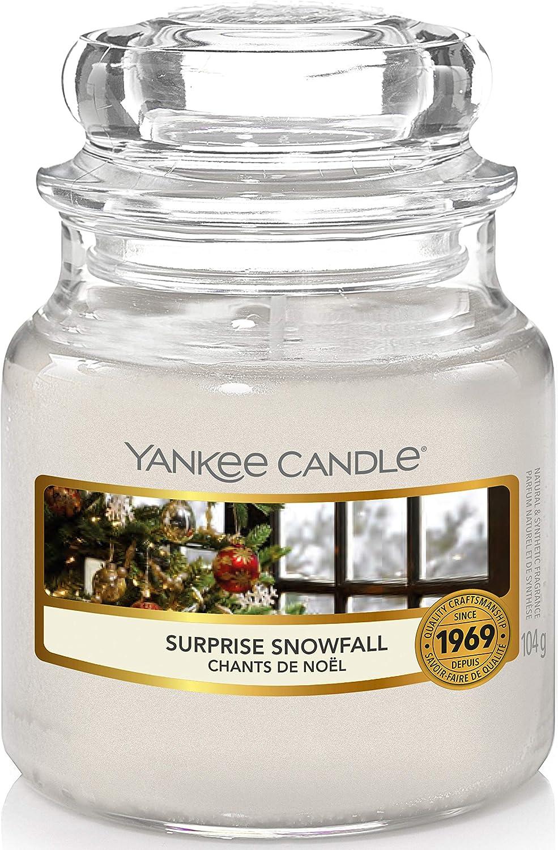 Yankee Candle Duftkerze im Glas (klein)   Surprise Snowfall   Brenndauer bis zu 30 Stunden