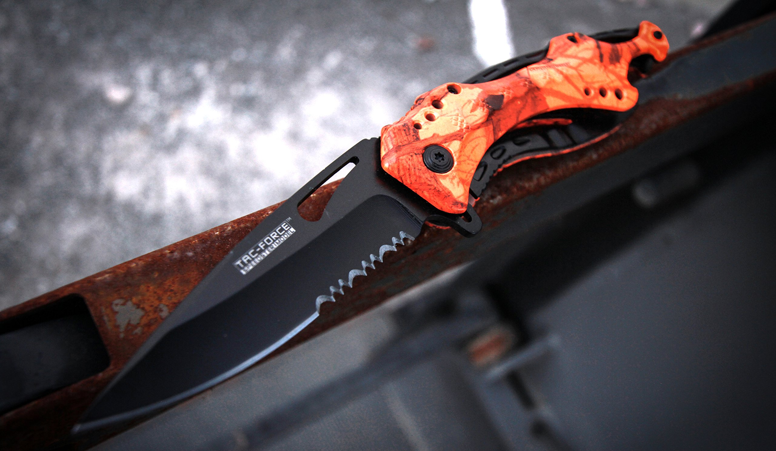 TAC Force TF-705RC-MC TF-705 Series Assisted Opening Tactical Folding Knife with 3-1/4'' Half-Serrated Blade, Red Camo