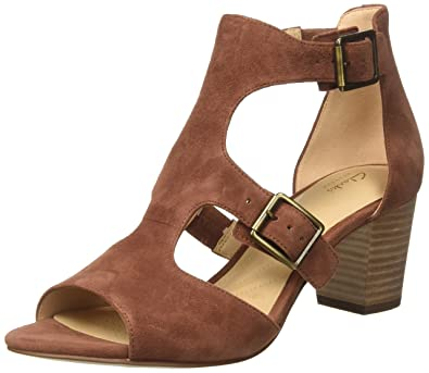ba39d11d26c Clarks Women s s Deloria Kay Ankle Strap Sandals  Amazon.co.uk ...