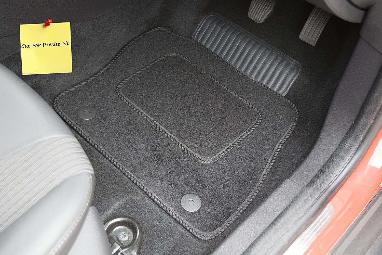 Set of 4 Connected Essentials Fully Tailored Car Mats Black 5006170 Deluxe