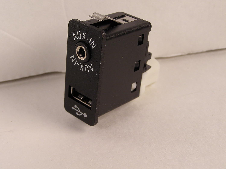 Genuine BMW USB Auxiliary Input Socket 84109237653