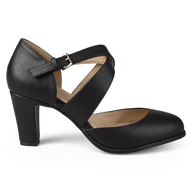 1940s Style Shoes, 40s Shoes Brinley Co Womens Aggi Pump $44.99 AT vintagedancer.com