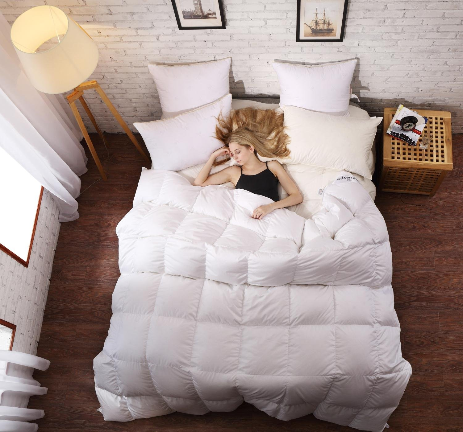 SLEEP RHYTHM Luxurious Goose Down Comforter, Duvet Insert, Medium Weight for All Season, Hypoallergenic, 600 Thread Count, 750 Fill Power, 100% Egyptian Cotton, White Color, Queen Size 90''90''