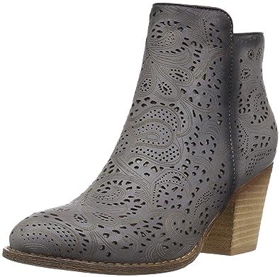 732e67e80 Amazon.com  L Artiste by Spring Step Women s Alivia Boots  Shoes