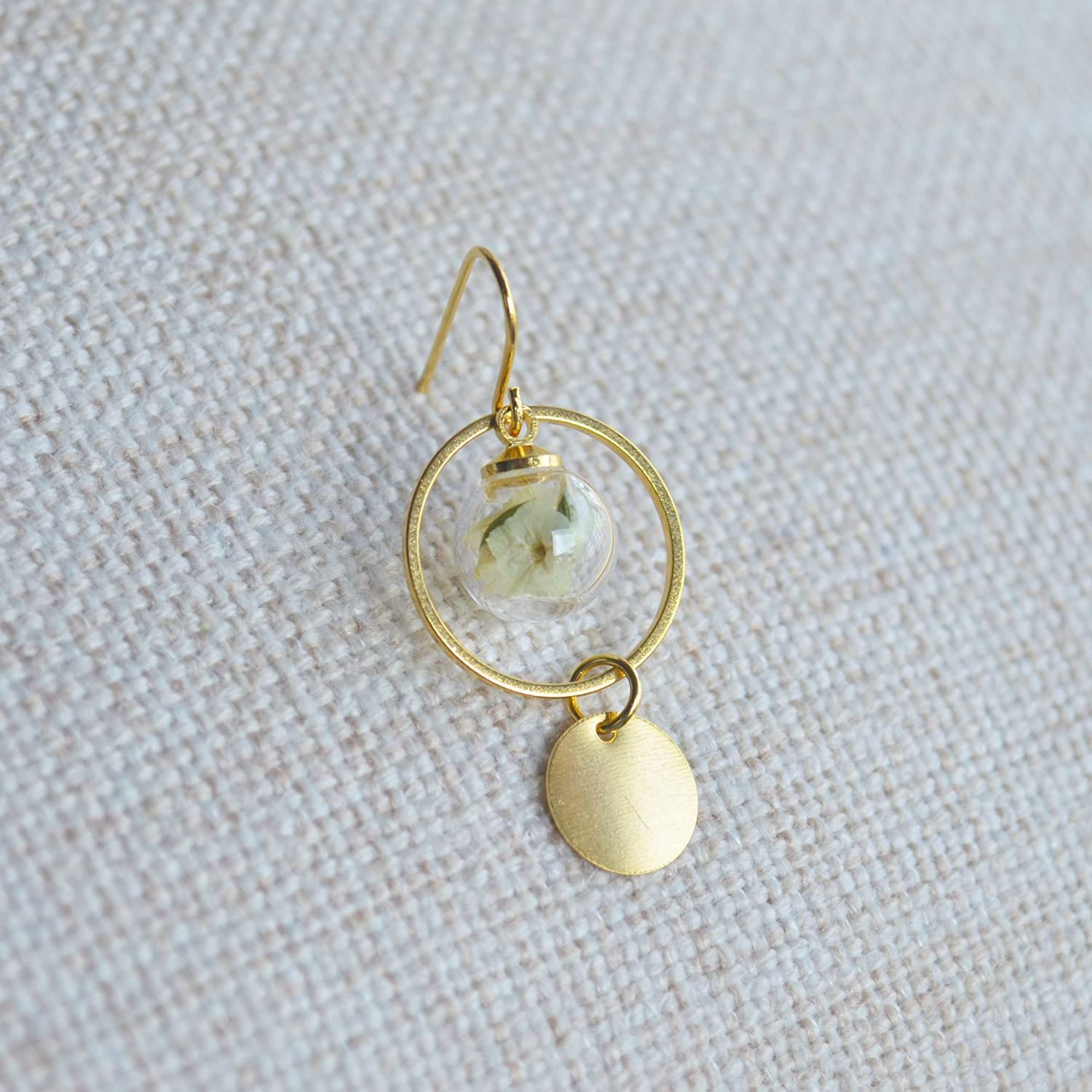 a Pair Limonium Real Flower Glass Ball Round Geometry Long Gold Plated Drop Earrings