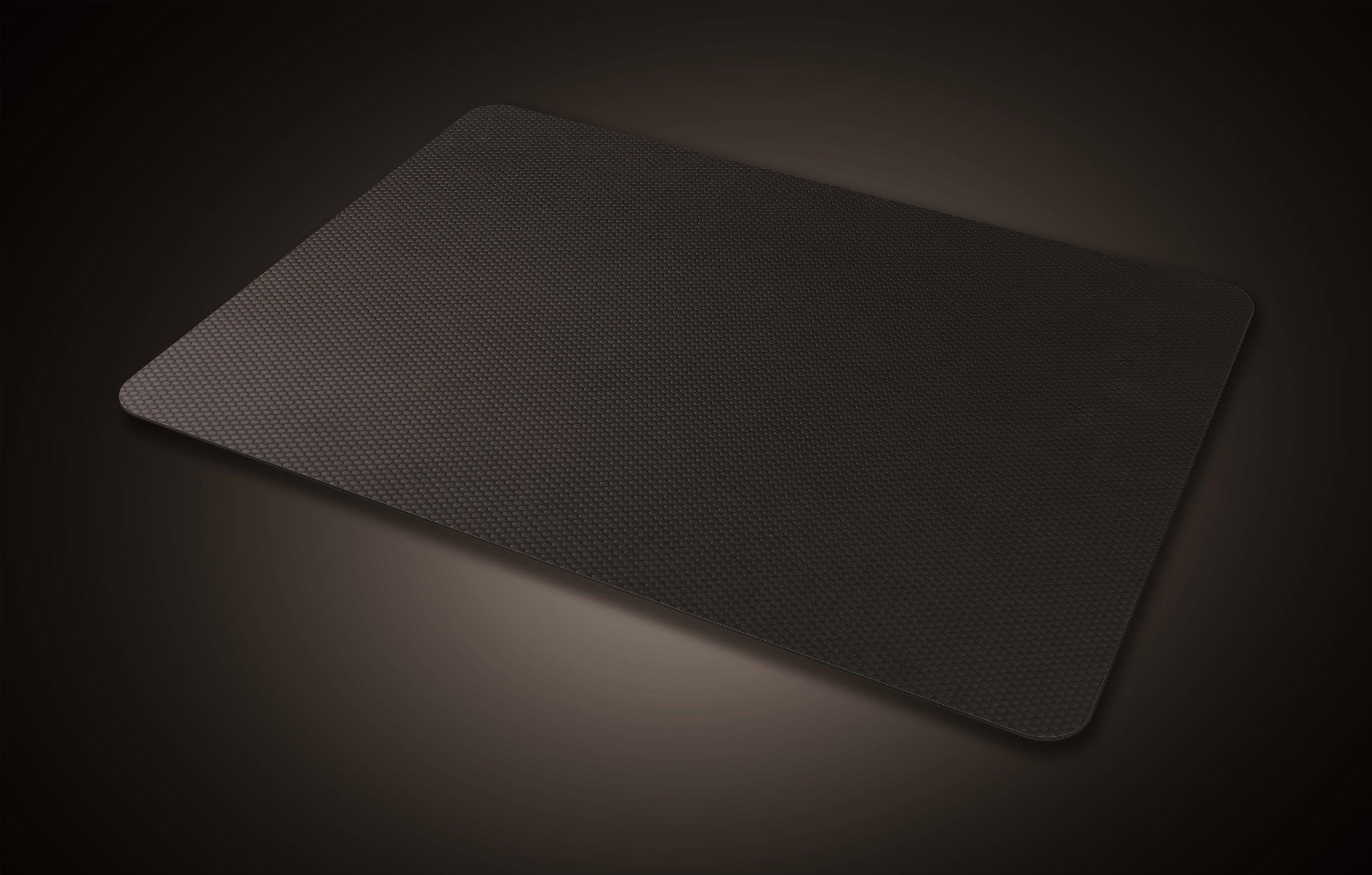 Razer Manticor: Optimized Tracking Surface - Aircraft Grade Aluminum Material - Microscopic Texture - Gaming Mouse Mat