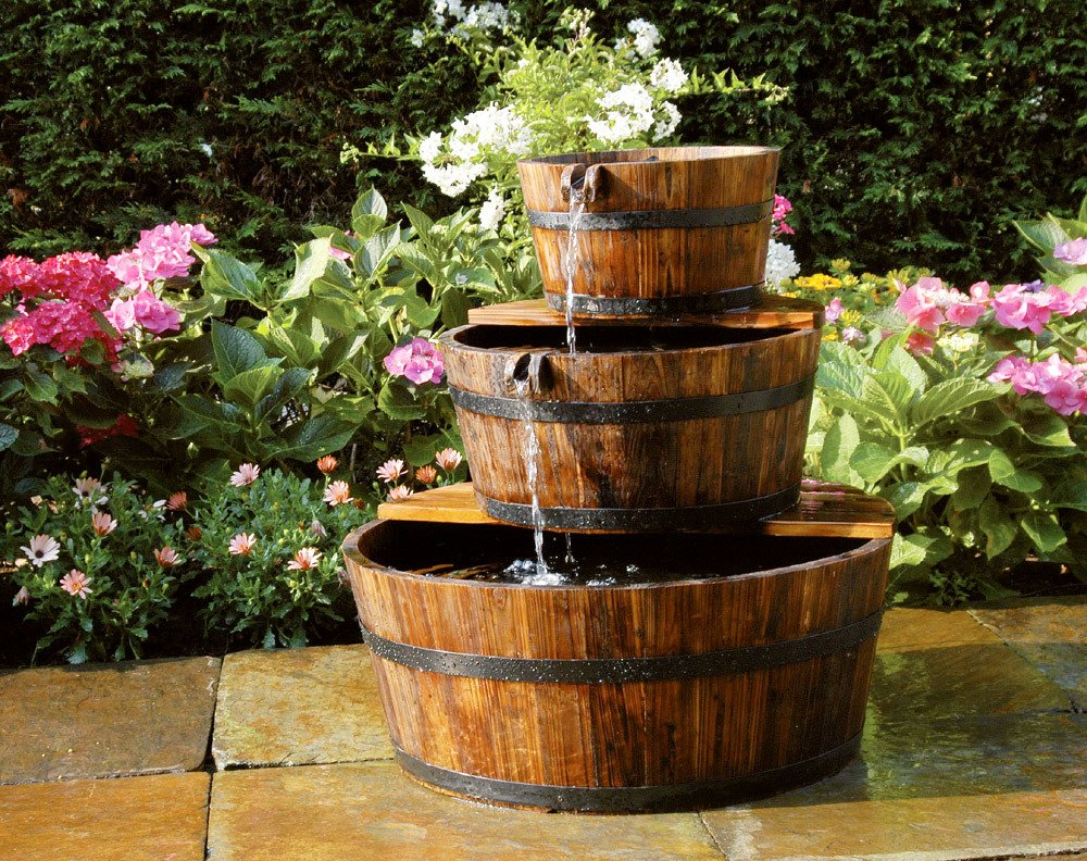 Fuentes decoraci n de exterior jard n for Peces para fuente exterior