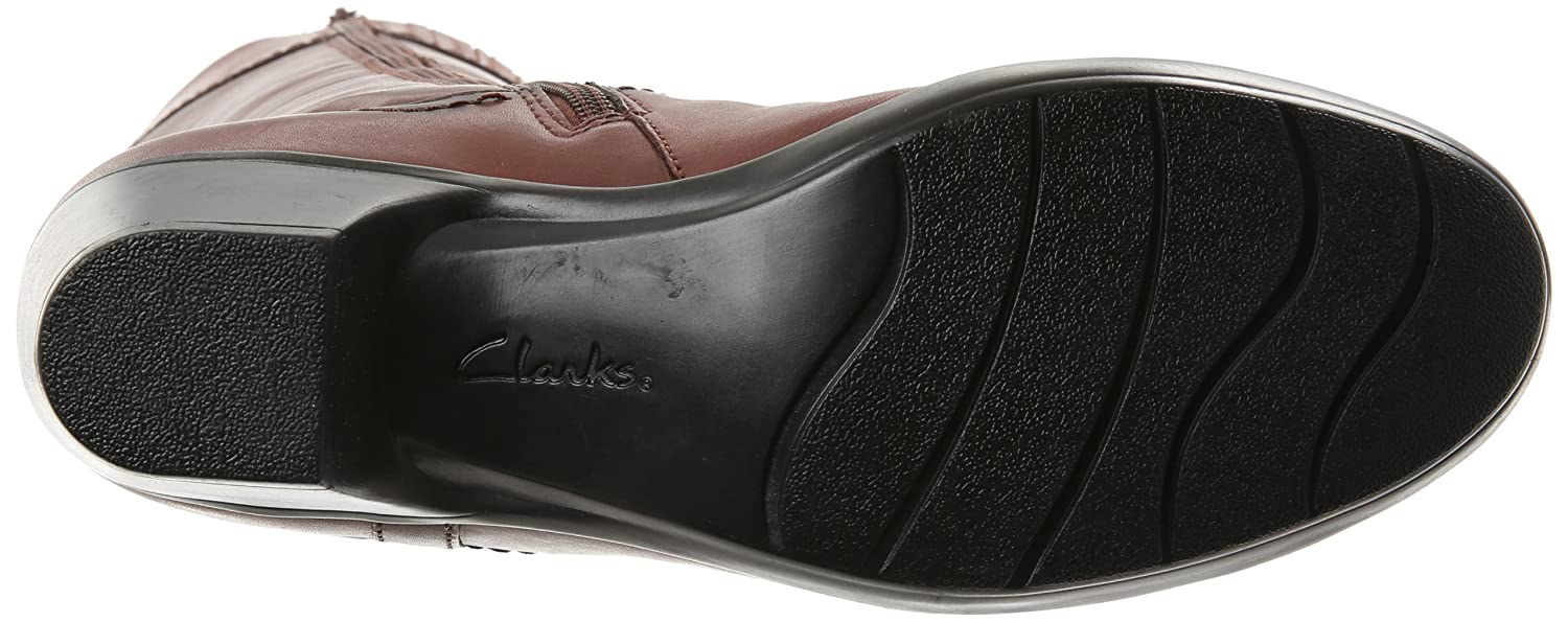 Amazon.com   CLARKS Women's Ingalls Vicky, Brown Leather, 6.5 M US    Knee-High