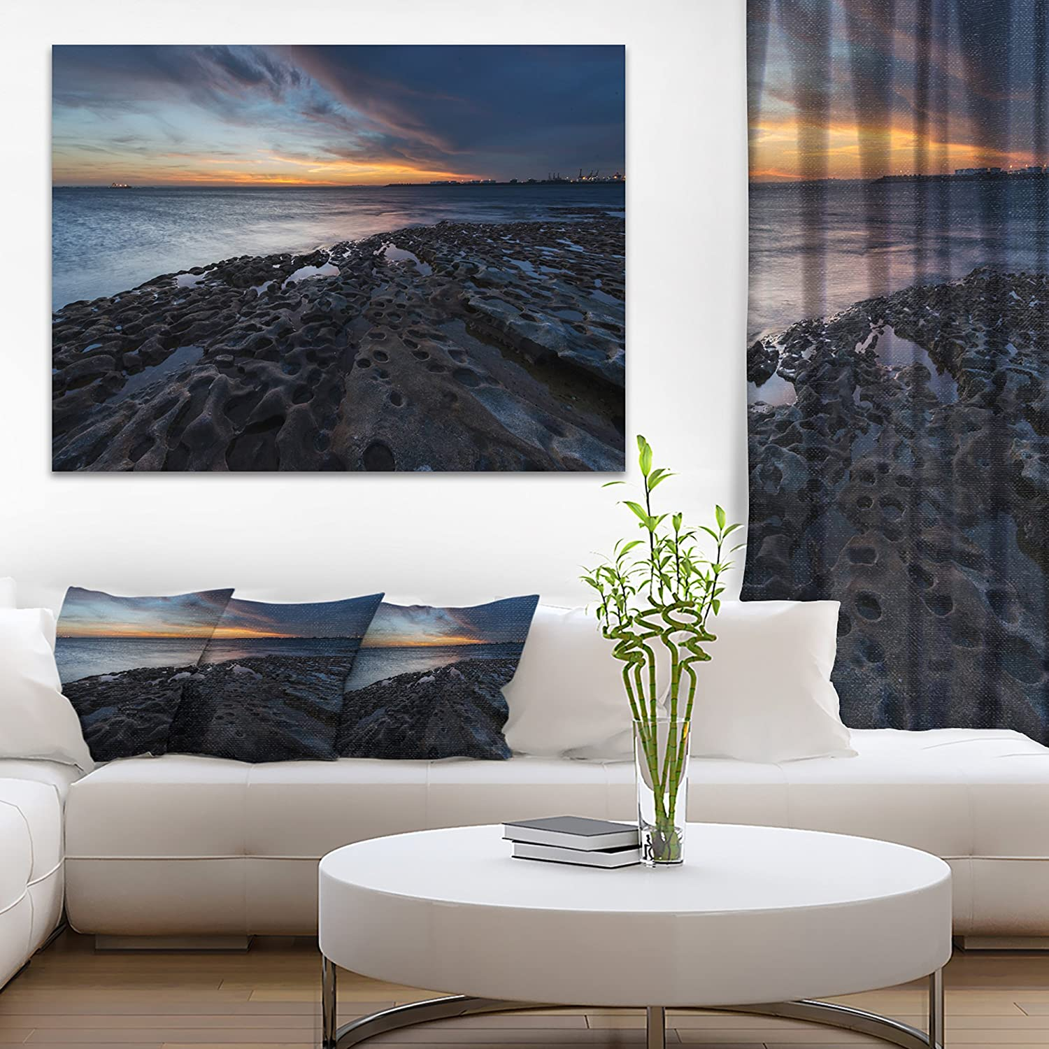 Amazon Com Designart Pt9851 20 12 La Perouse Beach Sydney Seashore Canvas Wall Artwork 12 H X 20 W X 1 D 1p Blue Wall Art