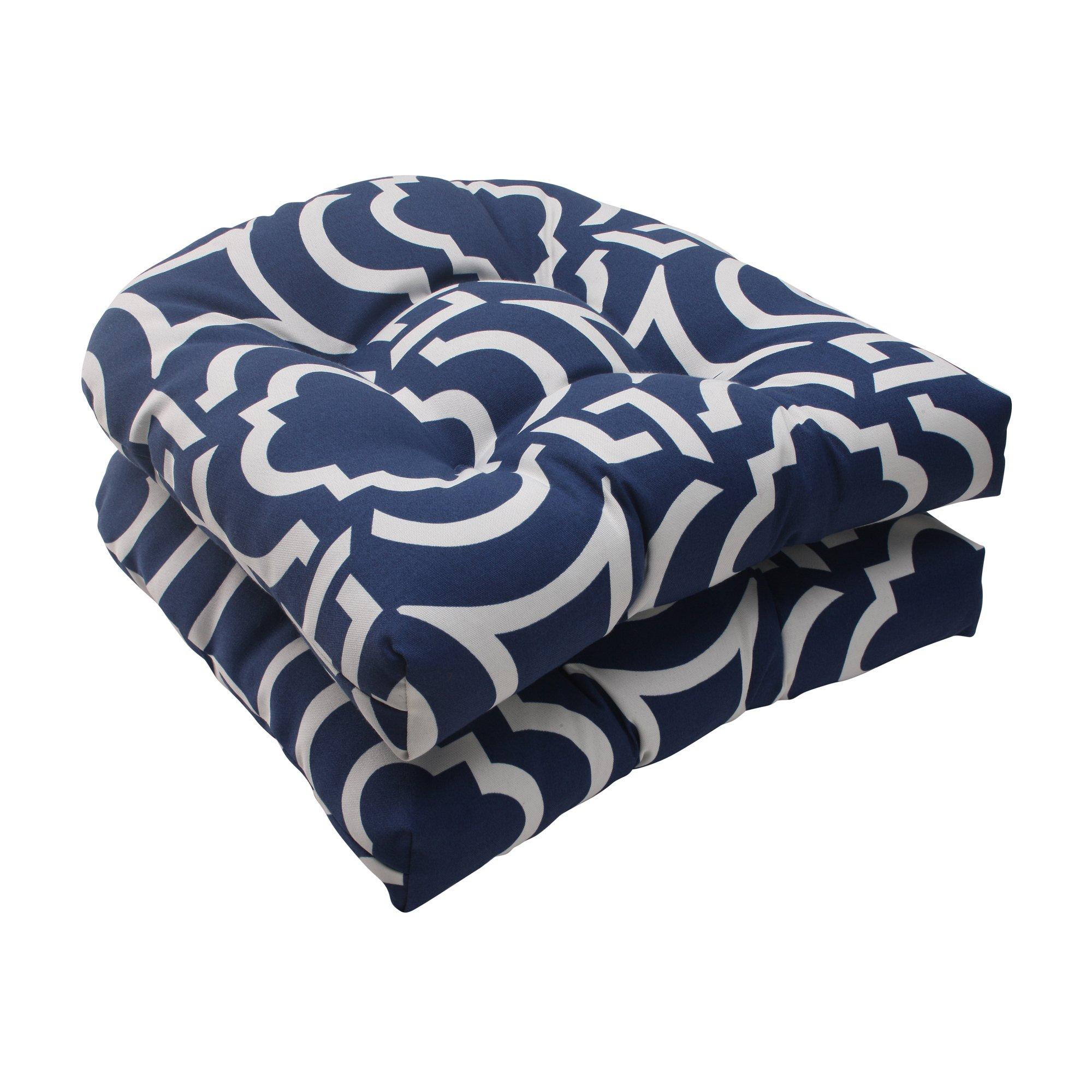 Pillow Perfect Indoor/Outdoor Carmody Wicker Seat