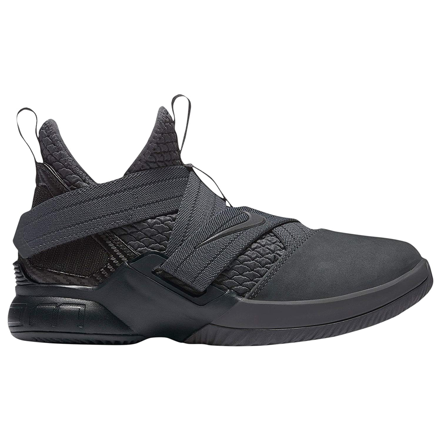 pretty nice bc7dc 8e46b Amazon.com | Nike Lebron Soldier XII SFG (GS) Big Kids ...