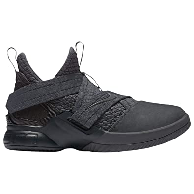 finest selection 04142 4d1a1 Amazon.com   Nike Lebron Soldier XII SFG (GS) Big Kids Basketball Shoe (7Y,  Anthracite Anthracite Black)   Basketball