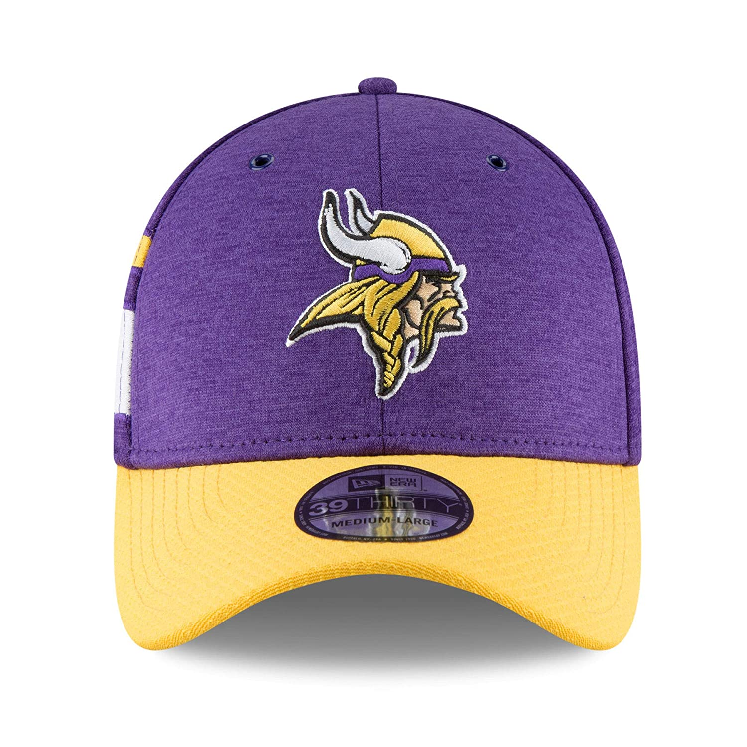 24389270581 Amazon.com  New Era Men s Minnesota Vikings 2018 NFL On Field Sideline Hat   Clothing