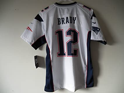 cfd872c84bc Amazon.com   New England Patriots Tom Brady NIKE White Youth Large ...