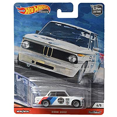 Hot Wheels Car Culture Door Slammers BMW 2002 4/5, White: Toys & Games