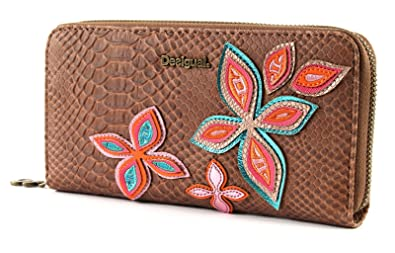 Desigual Fly Patch Zip Around Long Wallet Camel: Amazon.es: Zapatos y complementos