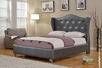 Amazon Com Best Master Furniture Brea Tufted Leather