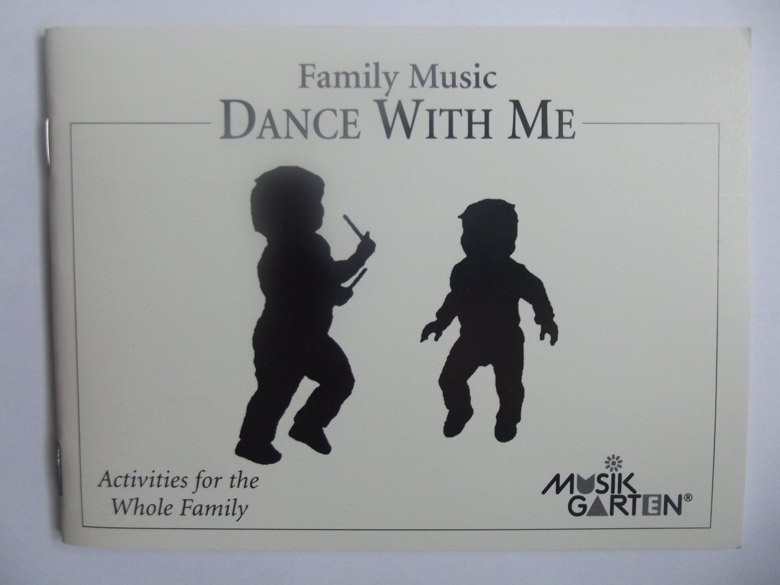 Family Music Dance with me (Music and Movement series)