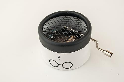 Caja de música de Harry Potter color blanco con envío gratuito. El mejor regalo para los fans de la saga. Melodía de Hedwigs theme.: Amazon.es: Handmade