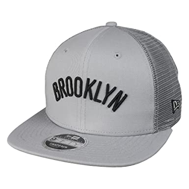 b354b9dd130f4 New Era 9Fifty Tamaño Orig Brooklyn Nets NBA Mesh Gris Snapback Gorra de  beisbol  Amazon.es  Ropa y accesorios