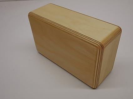Amazon.com: Ligero Yoga bloque de madera: Sports & Outdoors