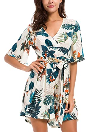 5b57ad00e444 Amazon.com  KorMei Womens V Neck Floral Print Tie Waist Short Romper  Jumpsuit Dress  Clothing