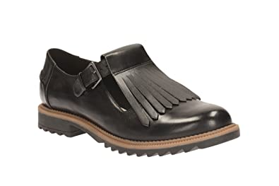 8319ad8f34c1f Clarks Women's T-Bar Shoes Griffin MIA Black Leather: Amazon.co.uk ...