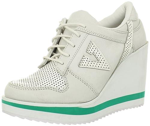 a02243b00c6 Volatile Kicks Women s Wildfoxy Sneaker