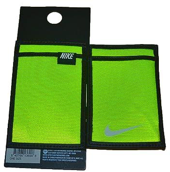 bfe5bb7ca5 Nike Tech Essential Magic Wallet Volt (Volt): Amazon.it: Sport e tempo  libero