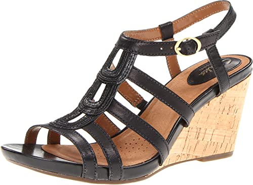 7c8a8545c35 Clarks Women s Kyna Wise Wedge Sandal