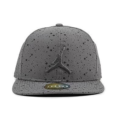8a13e02574ba4e Jordan Cap - Speckle Print Snapback grey black size  Adjustable   Amazon.co.uk  Clothing