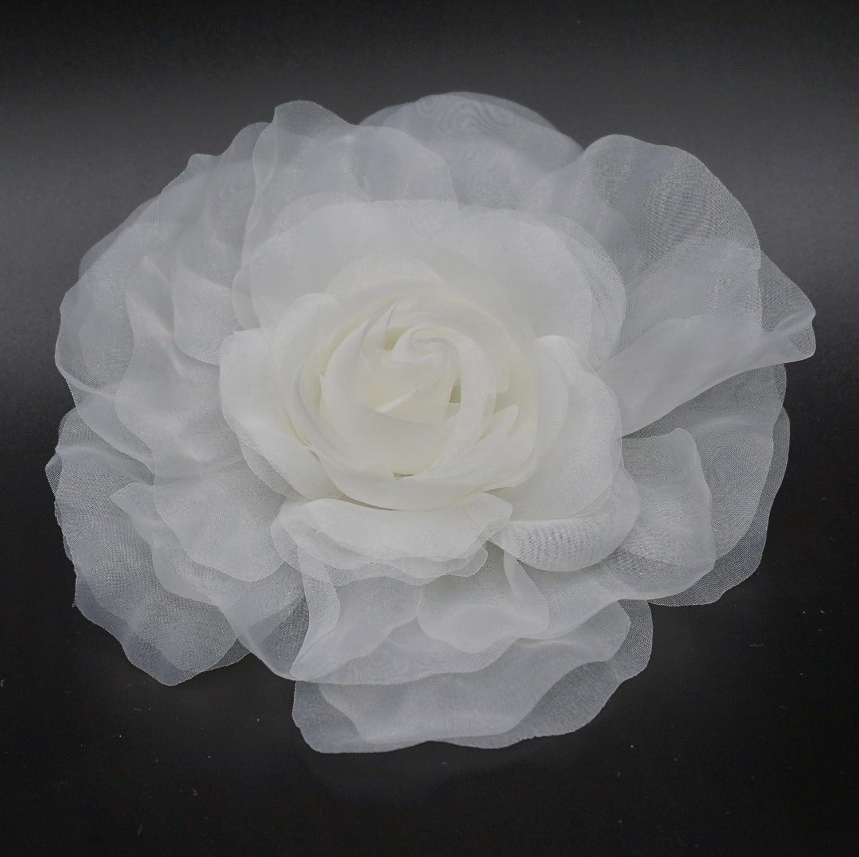 color marfil. Broche Flor de tela organza