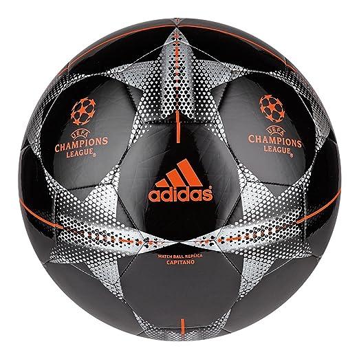 2 opinioni per Pallone da calcio da uomo adidas UCL Finale Capitano 15 b245da077f4c5