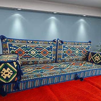 Spirit Home Interiors - majlis de sofá en la Capa de ...