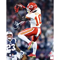 $152 » Tyreek Hill Signed Picture - 16x20 Beckett BAS Stock #160972 - Beckett Authentication - Autographed NFL Photos