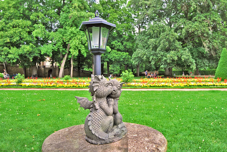 /Garden Decoration Great Dragon Garden Figure with Solar Light/