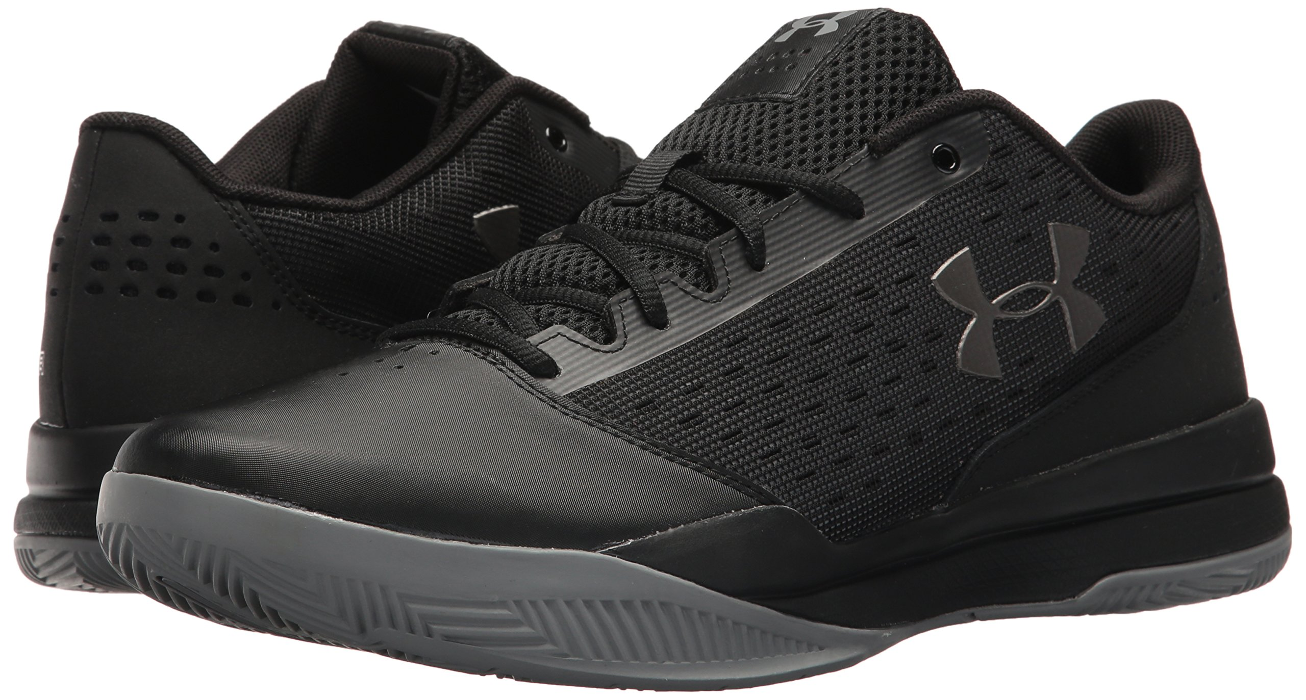 Enfriarse demasiado Asia  Under Armour Men's Jet Low Basketball Shoes- Buy Online in Cayman Islands  at cayman.desertcart.com. ProductId : 61929448.