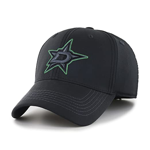 first rate f47f0 8e9f9 Amazon.com   OTS NHL Adult Men s NHL Wilder Center Stretch Fit Hat    Clothing