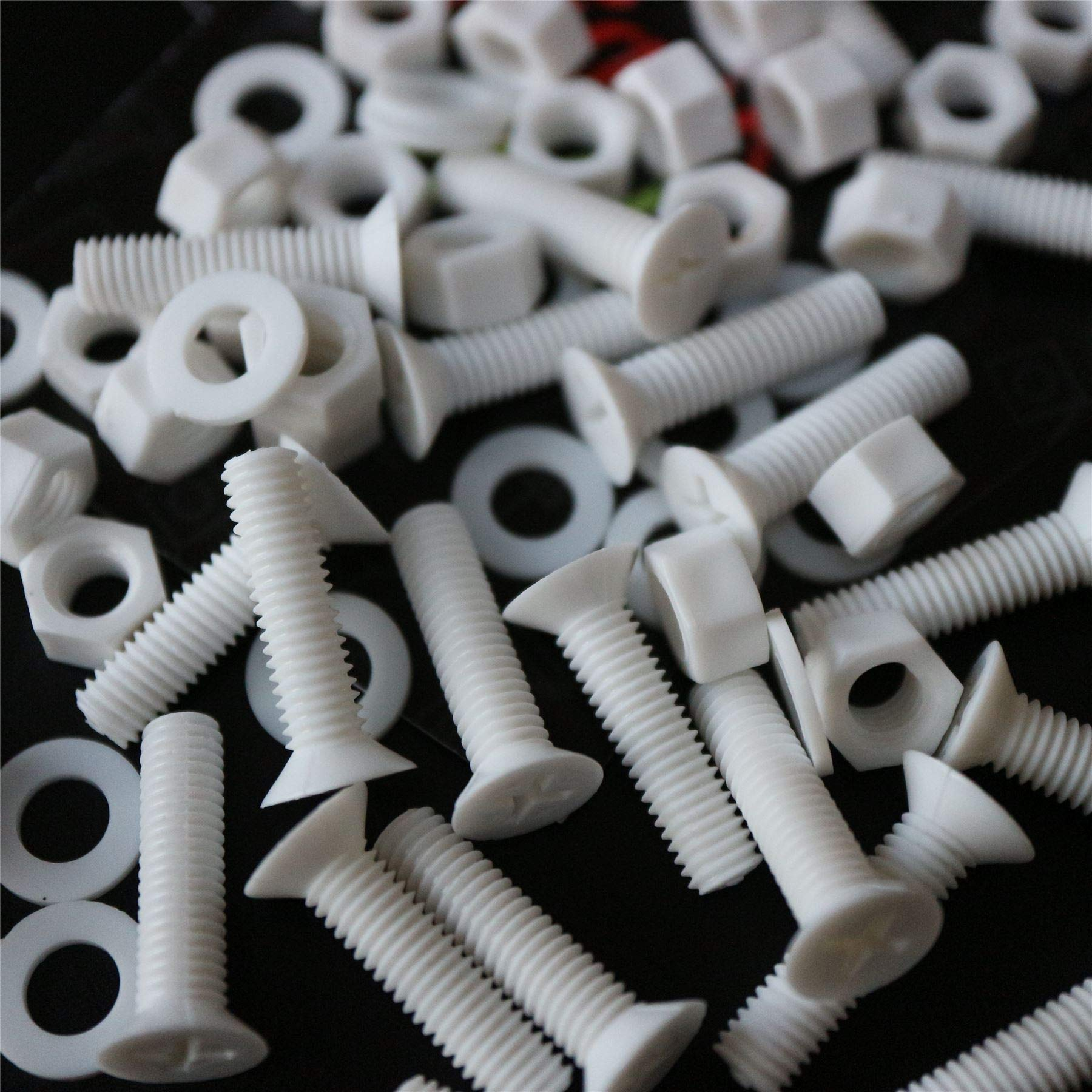 20 x White Countersunk Screws Polypropylene (PP) Plastic Nuts and Bolts, Washers, M5 x 20mm, Acrylic, Water Resistant, Anti-Corrosion, Chemical Resistant, Electrical Insulator, Strong. 13/64 x 25/32''