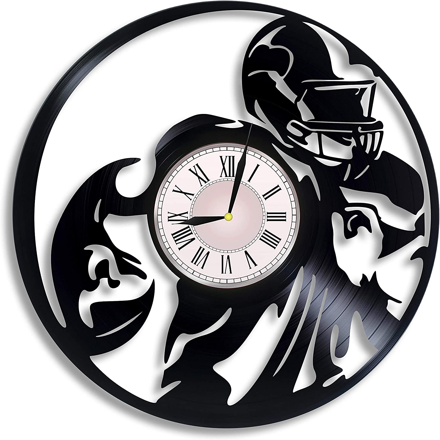 Russell Wilson American Football Vinyl Wall Clock, Russell Wilson Seattle Seahawks Wall Poster Art, Russell Wilson Gift for Any Occasion