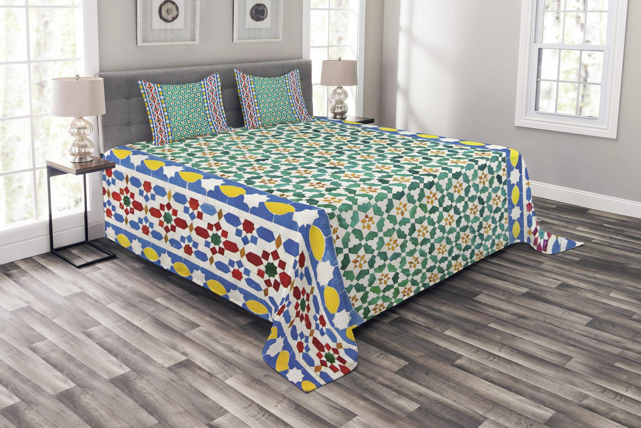 Ambesonne Moroccan Bedspread Set King Size, Colorful Moroccan Mosaic Wall Middle East Style Craftsmanship Vertical Details, Decorative Quilted 3 Piece Coverlet Set with 2 Pillow Shams, Multicolor