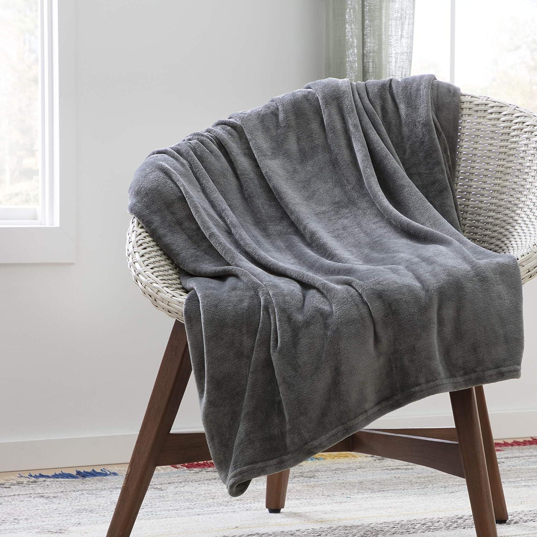 Flannel Fleece Blanket - Super Soft - Breathable - Machine Washable - Polyester
