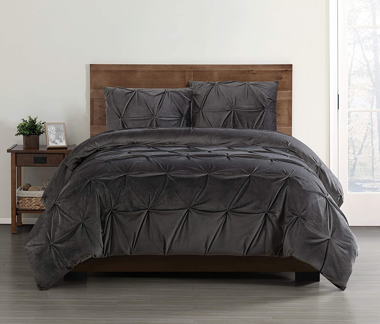 Truly Soft Everyday Grey Velevet Pintuck Pleated Velvet Winter Comforter Full/Queen Pem America CS2681GYFQ-1500