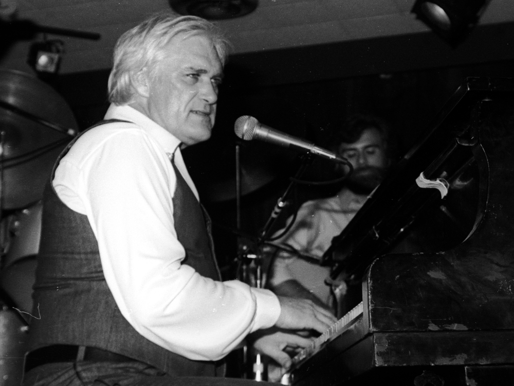 Charlie Rich On Amazon Music