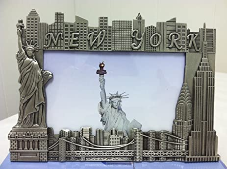 Amazon.com: New York City Picture Frame with Statue of Liberty and ...