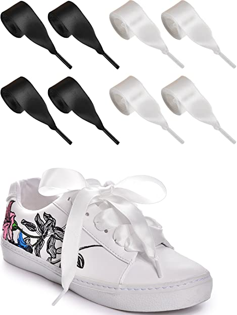 lacci per scarpe adidas bianchi