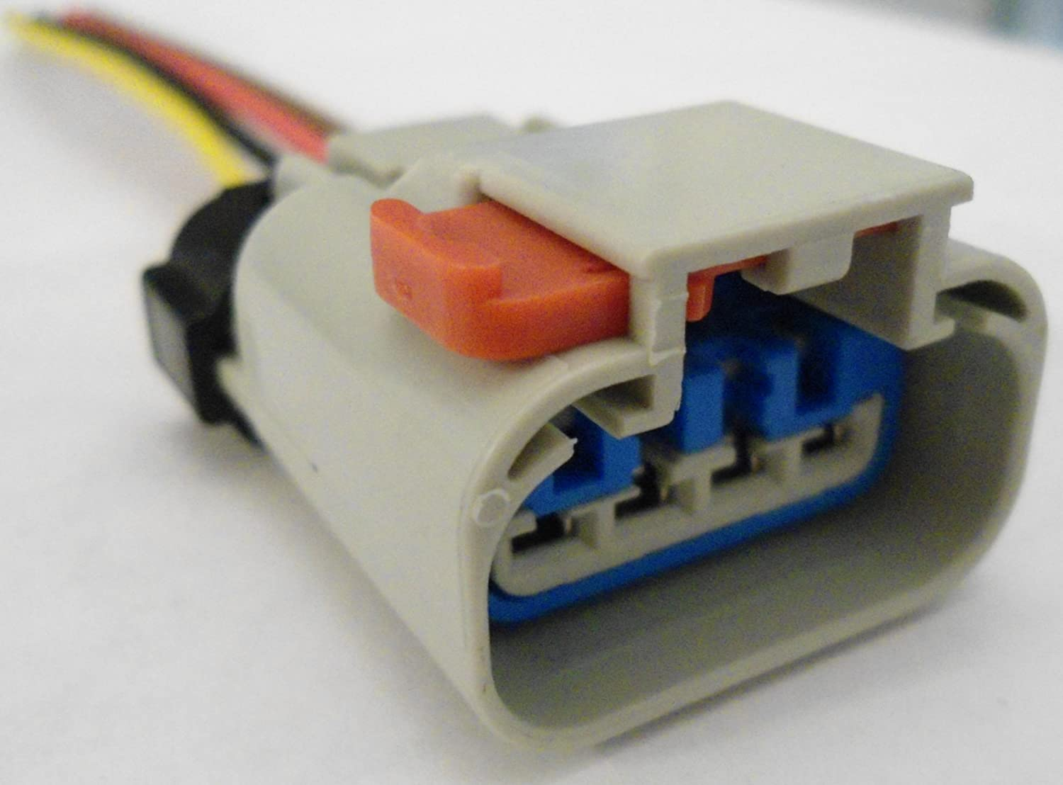 81P6QAa4uYL._SL1500_ amazon com connector for fuel pump sender wiring harness gas  at reclaimingppi.co
