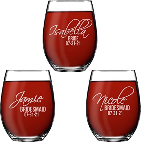 Set of 4  Personalized Wine Glass for Bridal Party