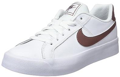 separation shoes 3ce5d 042a8 Nike Women s WMNS Court Royale Ac Gymnastics Shoes, (White Smokey Mauve 101)