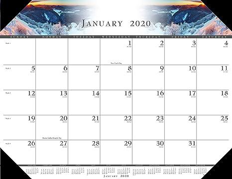 Amazon House Of Doolittle マンスリーデスクパッドカレンダー イラスト入り 22 X 17インチ 1月 12月 Hod140 カレンダー 文房具 オフィス用品